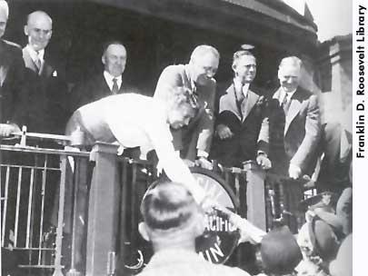 1936-ERcampaignsWhistlestop